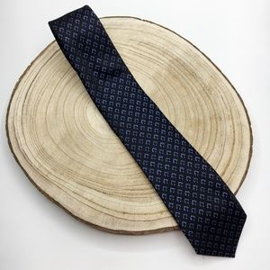Van Heusen Black and Blue Tie